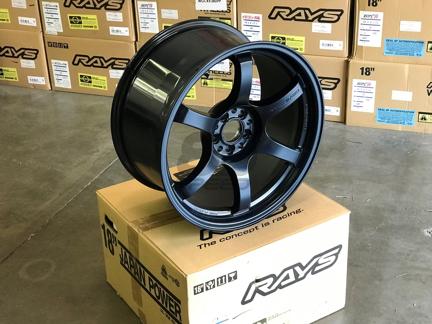 Picture of Gram Lights 57DR 18x9.5 +38 5x100 Winning Blue Wheel