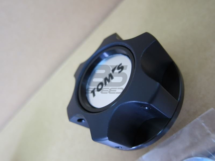 Picture of TOMS Racing Oil Cap - Black